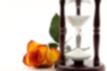 hourglass-3197626_640.jpg