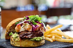 hamburguesa res y camaron 1.jpg