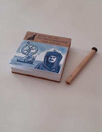 Bloco de notas magnético com lápis
