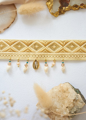 Golden Shell Choker