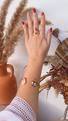 Pressed Shell & Shell Cuff & Ring Set