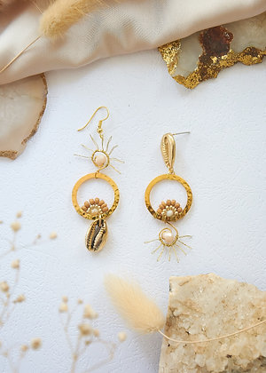 Golden Shell Miss-matched Earrings