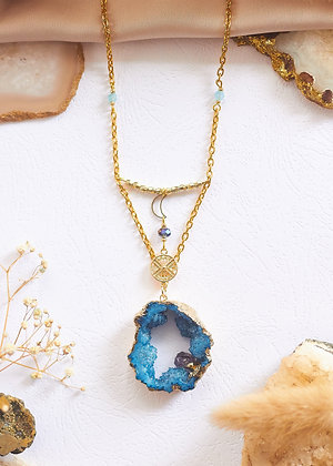 Blue Druzy Geode & Moon Charm Neckalce