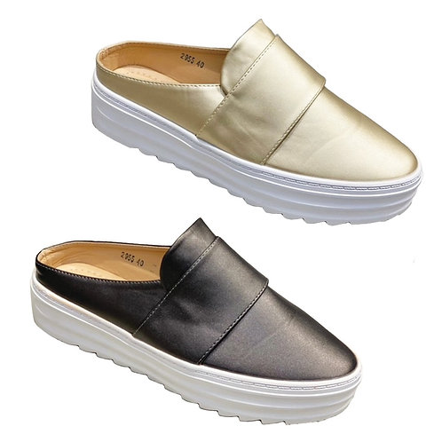 Slip on Casual Sneakers