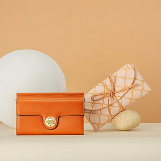 Handbag lifestyle product photography