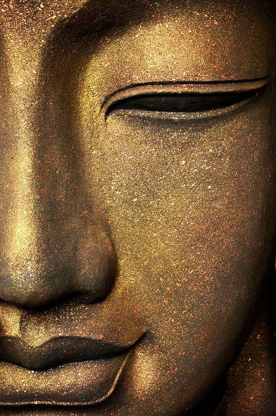 thai buddha.jpg
