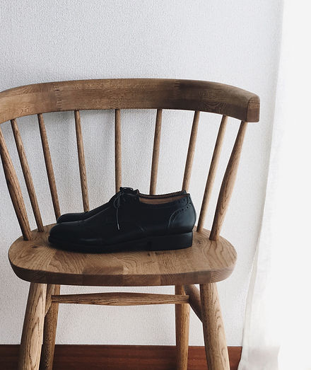 s.k. bench-made boots maker. 神奈川県川崎市麻生区。小田急線「百合ヶ丘駅」から徒歩8分。「新百合ヶ丘駅」から徒歩19分。靴のオーダーメイドや、少人数制の靴教室のご案内などがご覧いただけます。東京からも近く通いやすい環境です。東京、町田、世田谷