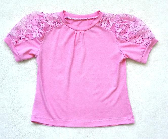 Блуза с коротким кружевным рукавом