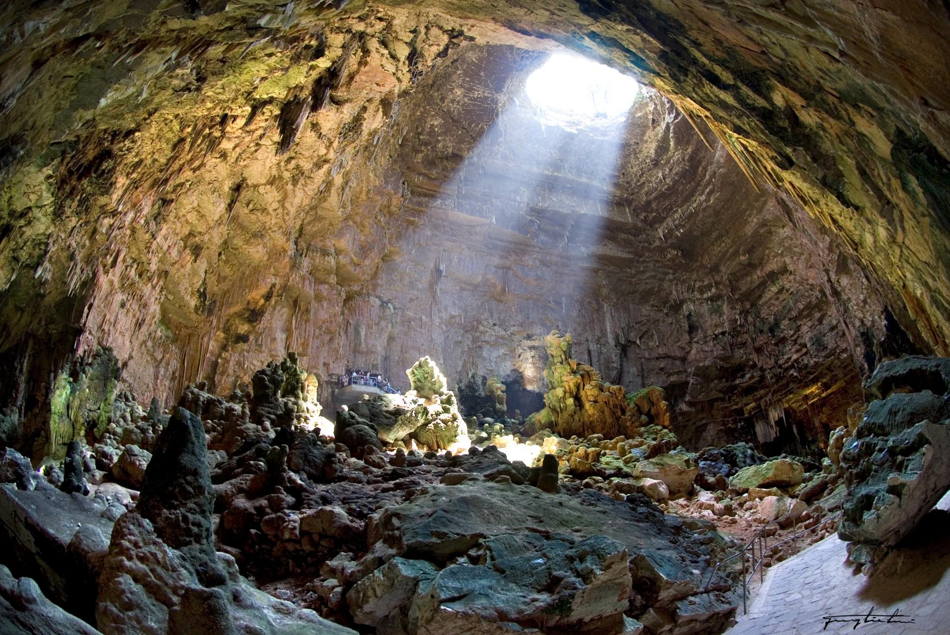 grotte-di-castellana.jpg