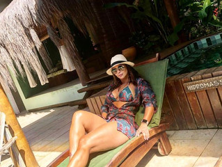 Viviane Araujo passa férias no Terra Boa Hotel Boutique.