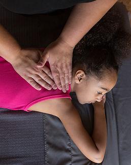 child_back_massage.jpg