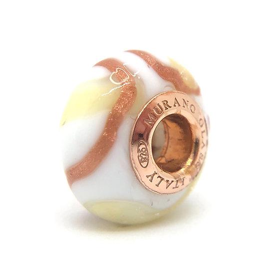 Precious pearl in original Murano glass