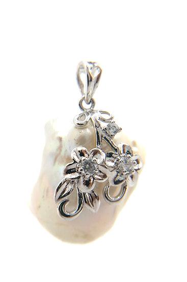 Pendente perla barocca naturale e argento 925 con zirconi
