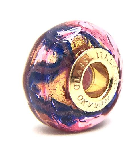Precious pearl in Murano glass