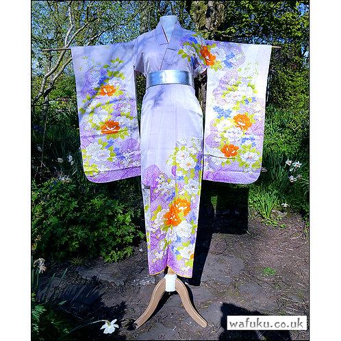 Mauve with Peonies Kimono
