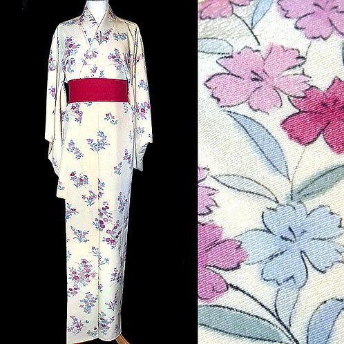 Graduated Flowers Cream Kimono