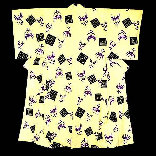 Kumadori Light Yellow Kimono