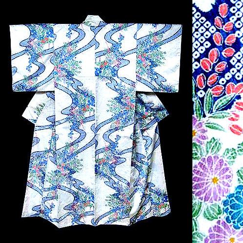 Flowers & Streams Kimono