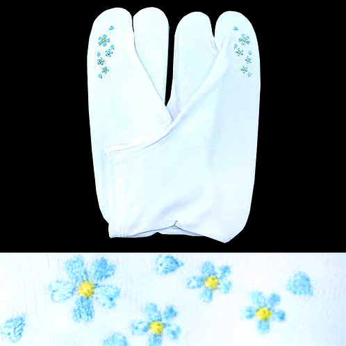 Blue Flowers Embroidered Tabi