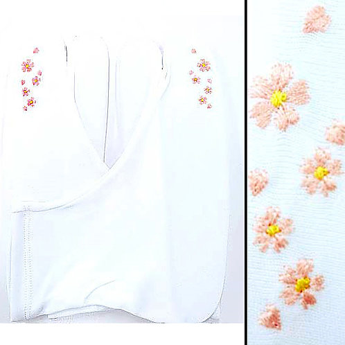 Peach Flowers Embroidered Tabi - 22.5-24.5cm