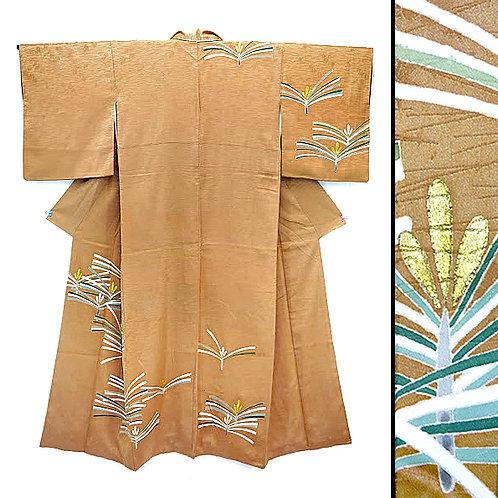 Honey-Tan Pine Branch Kimono