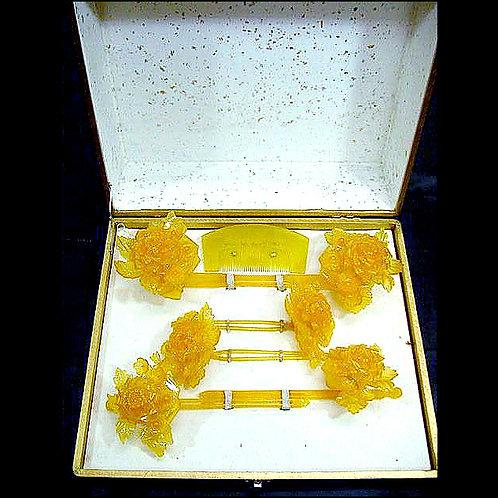 Beautiful Boxed Kanzashi Set
