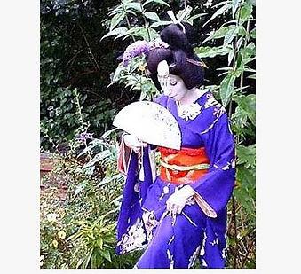 gardengeisha2.jpg