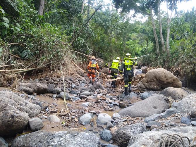 Dapard y entidades operativas están en la búsqueda de 3 desparecidos por deslizamientos en Dabeiba.