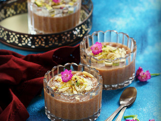 Caraway spice pudding/Meghli