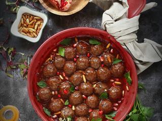 كرات اللحم بصوص الرمان Meatballs with Pomegranate sauce