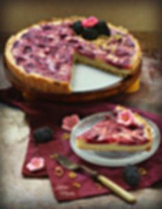 Blackberry cheese shortbread crust pie