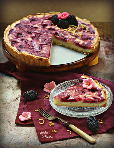 Blackberry cheese shortbread crust pie