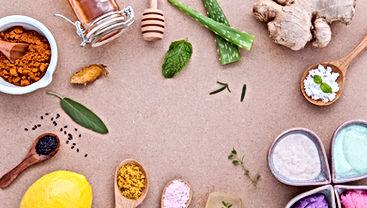 Avec les feuilles naturelles d'aloès, préparez vous-mêmes votre propre gel. Vous pouvez le mélanger avec du miel pour un masque facial, compléter votre routine quotidienne.  Aloe Vera Passion vous propose, dans son blog, de suivre toute l'actualité de cette merveilleuse plante.