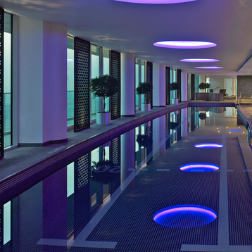 Indoor pool at InterContinental Residence Suites