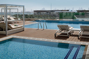 Holiday Inn Dubai Festival City Pool.JPG