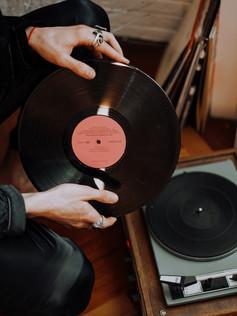 person-holding-vinyl-record-3693108.jpg
