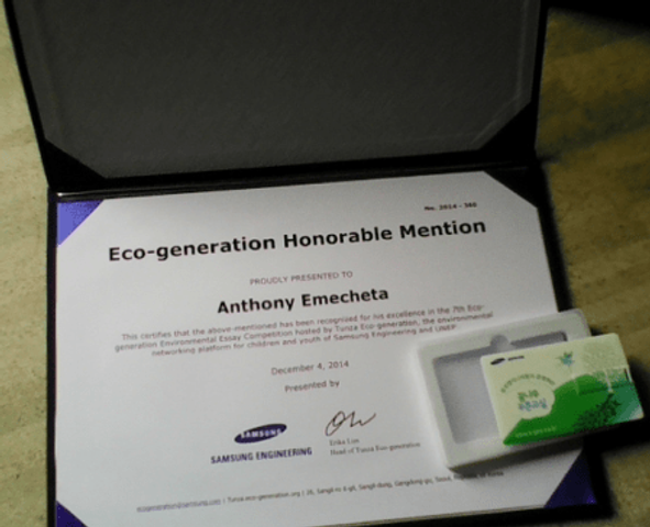 A certificate of honorable mention as well as a souvenir from Tunza Eco-generation, an environmental platform for children and youth.