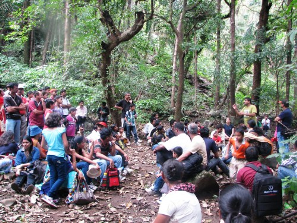Me (in the yellow-green shirt on the top right) teaching a group of budding naturalists.