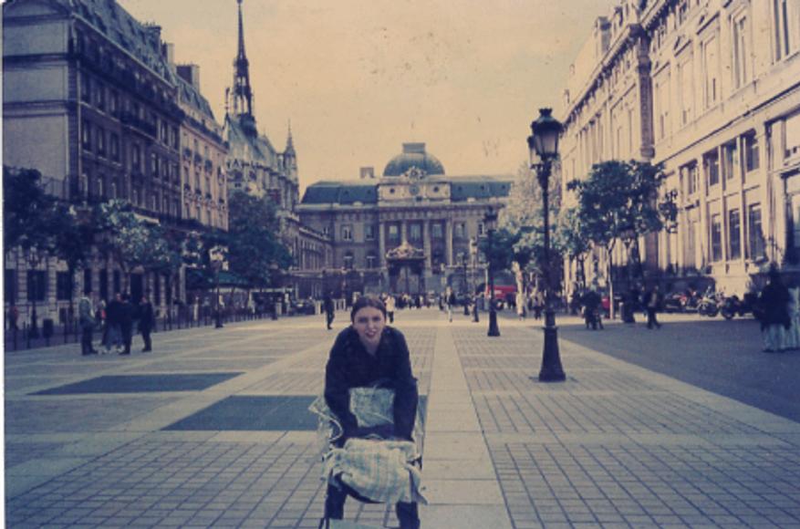 Paris, 2009.