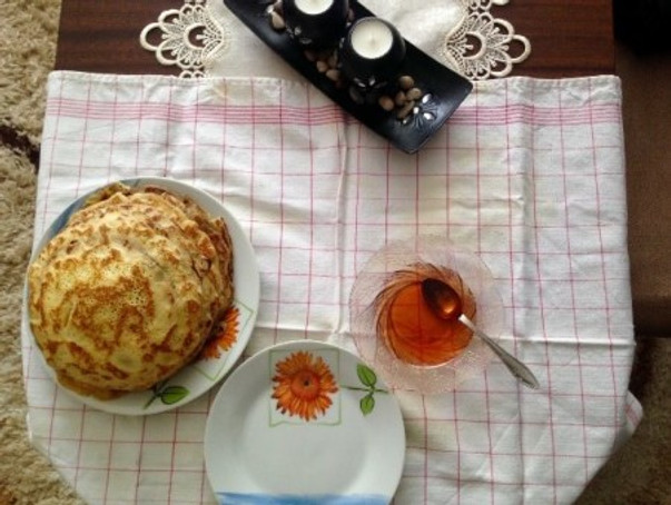 One of my healthy breakfasts – homemade pancakes with homemade quince jam (also my grandchildren's favorite treat).