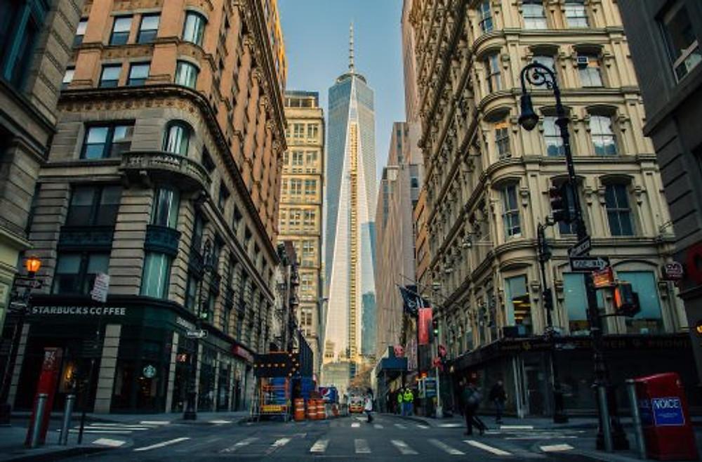 Wall Street | Image courtesy of Pixabay.
