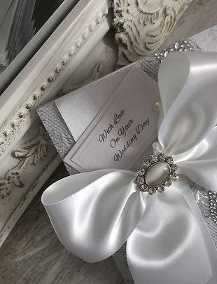 handmade wedding card  #thelavenderblue.com