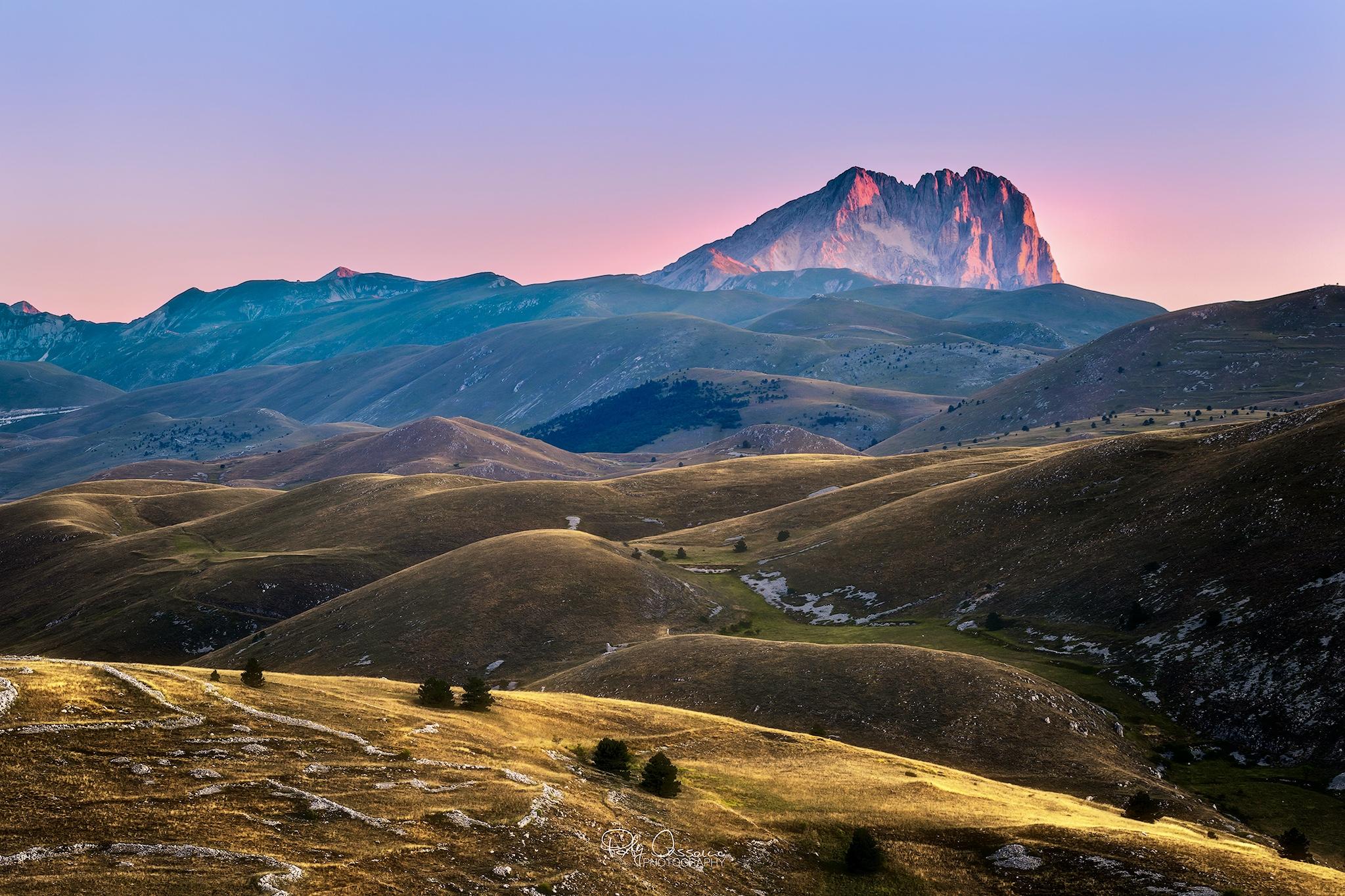 Particolare del Gran Sasso  all'alba da Rocca Calascio - Foto di Paky Cassano