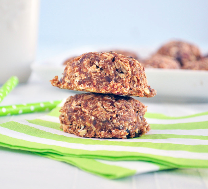 Oatmeal cookies_edited.jpg