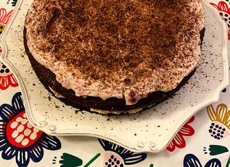 Бананова торта без захар....с крем от маскарпоне и малини