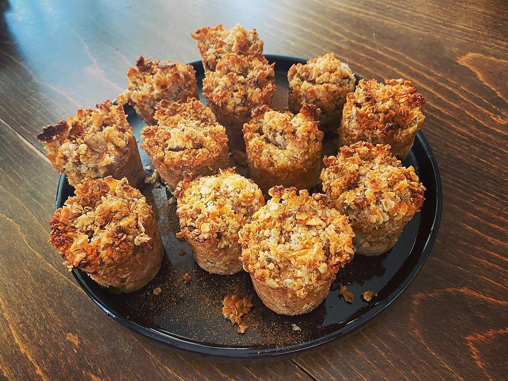 Coconut-apple nosugar muffins