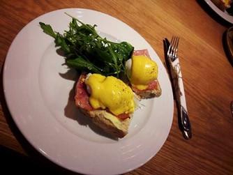 Датски сандвич със забулено яйце...или спомен за едно пътуване до Братислава