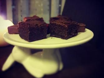 Класическо двойно-шоколадово брауни