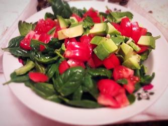 Лека зелена салата за следпразничните вечери