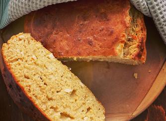 Солен кекс със сирене, подправки и квас
